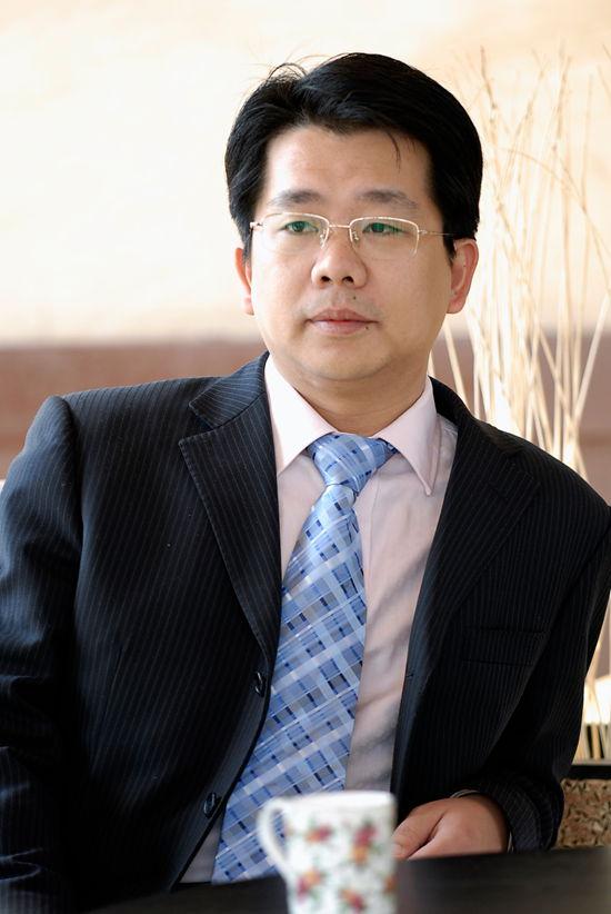 骆钢 青岛福建总商会名誉会长